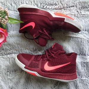Nike Kyrie 3 Hot Punch Sz 7Y and fits Women's 8.5